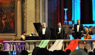 Les Trois Ténors : Auditorium Santo Stefano al Ponte Vecchio, avec dîner