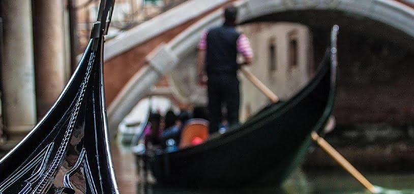 Gondola Serenade & Vivaldi's Four Seasons in Venice