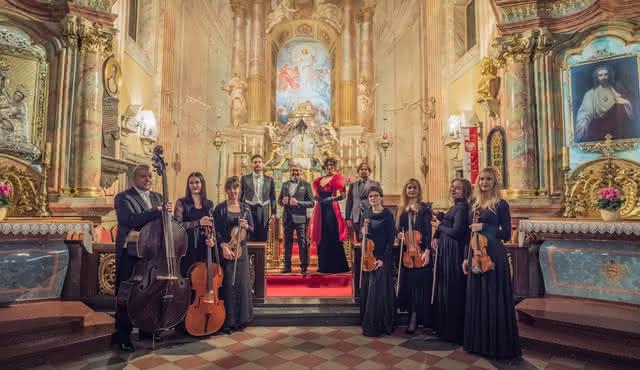 Les Plus Belles Arias D'opéra, Chansons Napolitaines Et Musique Classique Italienne Par Ténor, Soprano, Piano À Queue Et Trio À Cordes