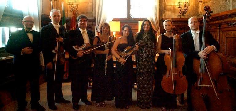 Opera Singers in Venice: Rossini, Verdi, Mozart
